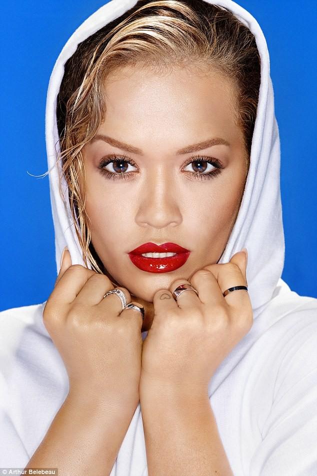 Rita Ora – Nữ ca sĩ siêu nóng bỏng của làng nhạc  - ảnh 5