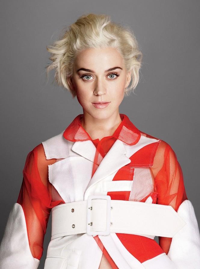 'Búp bê' Katy Perry gợi cảm đầy ấn tượng - ảnh 2