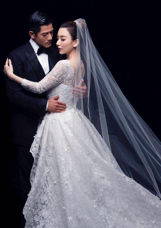 Chú rể Quách Phú Thành bảnh bao trong lễ cưới - ảnh 5