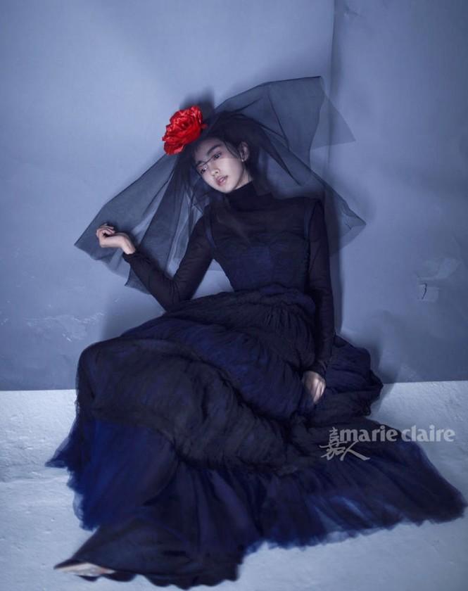 'Công chúa' Angelababy gây ấn tượng mạnh với loạt ảnh ma mị  - ảnh 4