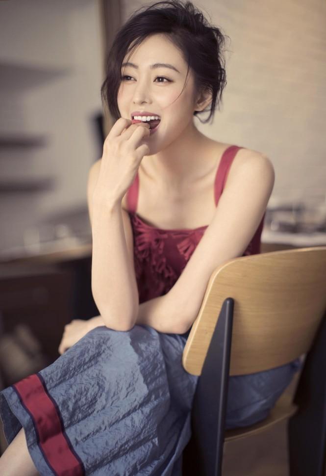 'Thái tử phi' Trương Thiên Ái cuốn hút ánh nhìn - ảnh 2