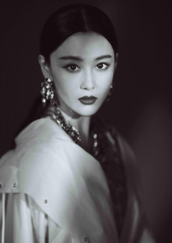 'Lý Mạc Sầu' Trương Hinh Dư xinh đẹp như tiên nữ - ảnh 24