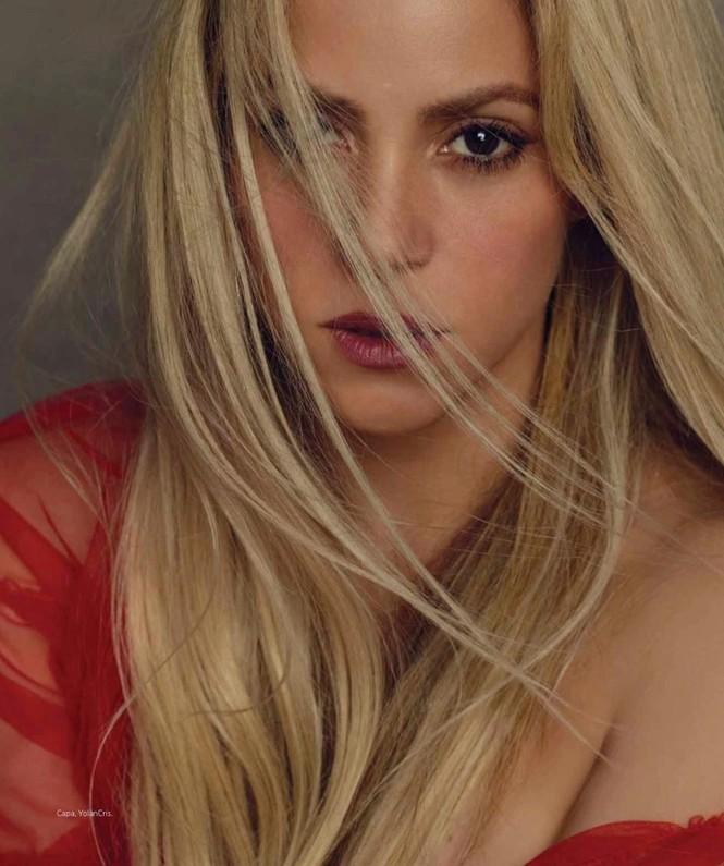 Shakira gợi cảm tràn sức sống ở tuổi 40 - ảnh 2