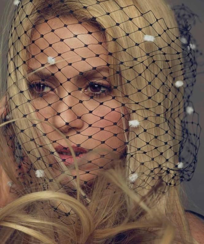 Shakira gợi cảm tràn sức sống ở tuổi 40 - ảnh 4