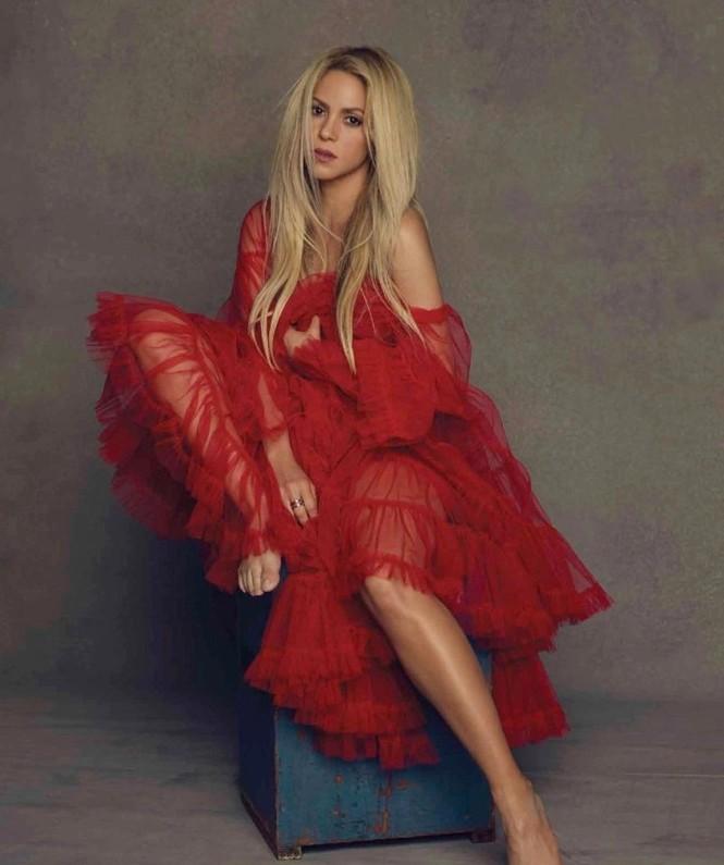 Shakira gợi cảm tràn sức sống ở tuổi 40 - ảnh 3