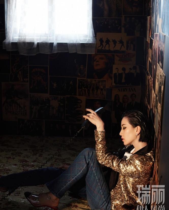 'Tiên nữ' Lưu Thi Thi quyến rũ ở mọi góc nhìn - ảnh 2