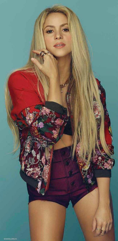 Shakira gợi cảm tràn sức sống ở tuổi 40 - ảnh 10