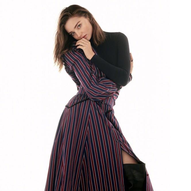 Miranda Kerr đẹp mặn mà sau khi kết hôn người tình trẻ - ảnh 2