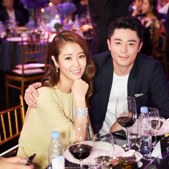 Dàn mỹ nhân Hoa ngữ rực rỡ, vợ chồng Lâm Tâm Như ôm eo tình tứ - ảnh 10