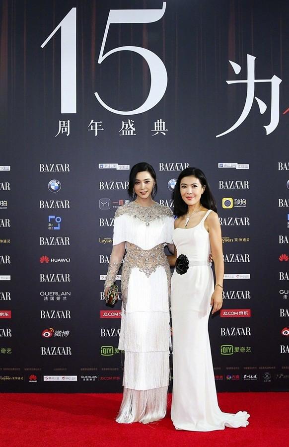 Dàn mỹ nhân Hoa ngữ rực rỡ, vợ chồng Lâm Tâm Như ôm eo tình tứ - ảnh 4
