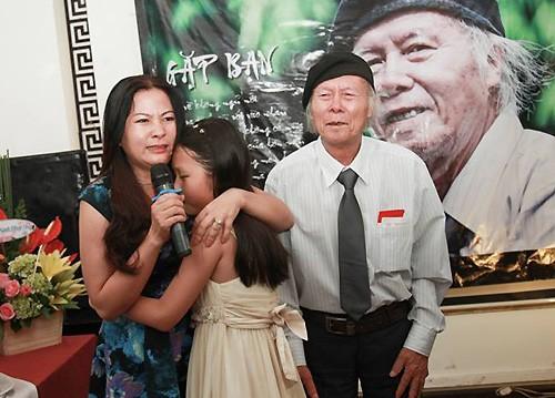 Tác giả bài thơ 'Thời hoa đỏ' - nhà thơ Thanh Tùng qua đời - ảnh 1
