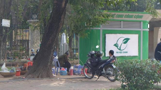 nvscc, lắp nhà vệ sinh, chậm lắp nhà vệ sinh, phạt đái bậy, phạt tiểu bậy - ảnh 1