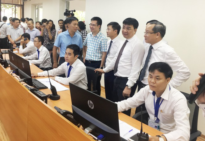 Hà Nội ra mắt trung tâm điều hành, ứng dụng tìm xe buýt  - ảnh 1