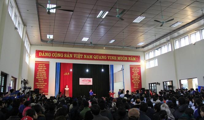 Tặng quà Tết cho người nghèo ở Bắc Ninh - ảnh 1