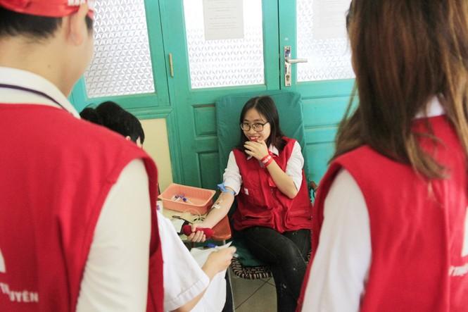 Đoàn viên thanh niên sôi nổi hưởng ứng Chủ Nhật Đỏ tại Thái Nguyên - ảnh 15
