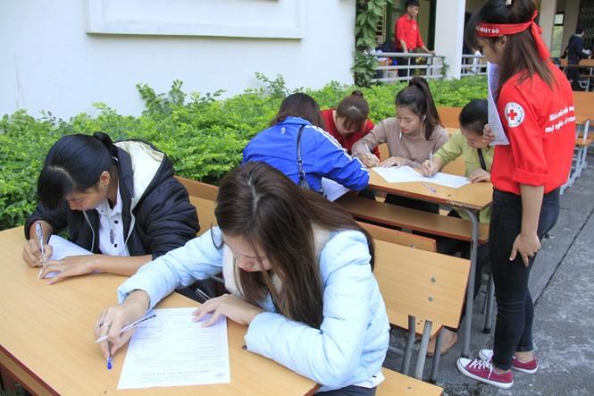 Đoàn viên thanh niên sôi nổi hưởng ứng Chủ Nhật Đỏ tại Thái Nguyên - ảnh 1