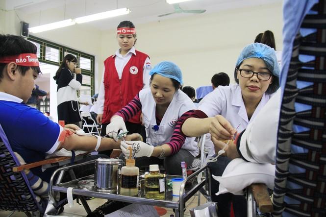 Đoàn viên thanh niên sôi nổi hưởng ứng Chủ Nhật Đỏ tại Thái Nguyên - ảnh 3