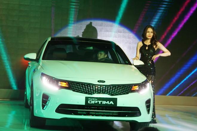 THACO ra mắt mẫu xe sedan thành công nhất toàn cầu - ảnh 5