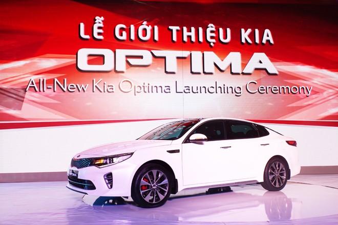 THACO ra mắt mẫu xe sedan thành công nhất toàn cầu - ảnh 6