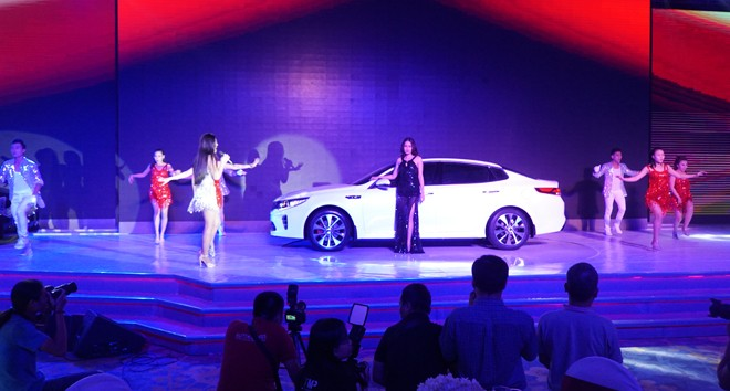 THACO ra mắt mẫu xe sedan thành công nhất toàn cầu - ảnh 3