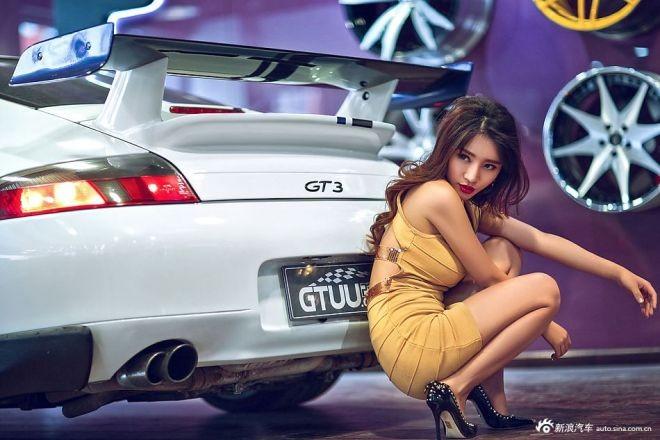 Vũ điệu đường cong bên xế hộp thể thao Porsche GT3 - ảnh 9