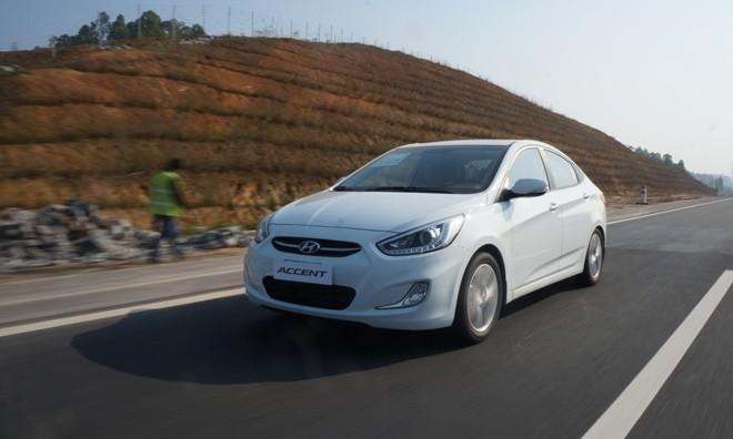Hyundai Accent Blue 2015 tốn hơn 13 lít xăng cho 250 km - ảnh 2
