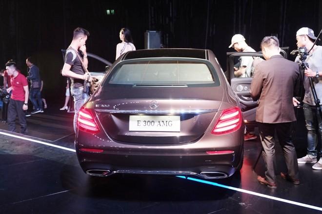 Mercedes-Benz E-class thế hệ mới về Việt Nam có gì nổi bật? - ảnh 3