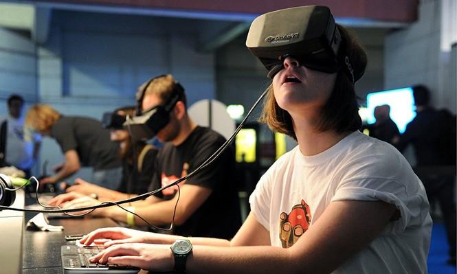 AR và VR – Công nghệ ảo xâm chiếm tương lai? - ảnh 1
