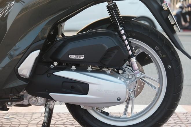 [Đánh giá] Honda SH: 'Hoàng tử' văn võ song toàn - ảnh 9