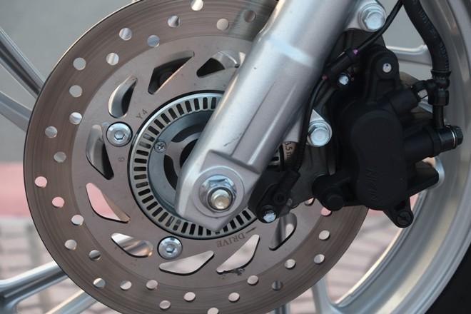 [Đánh giá] Honda SH: 'Hoàng tử' văn võ song toàn - ảnh 13