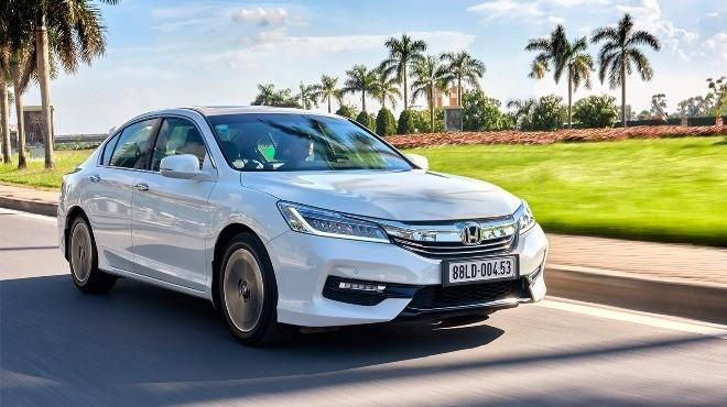 Honda Civic 2017 chốt giá 950 triệu đồng - ảnh 4