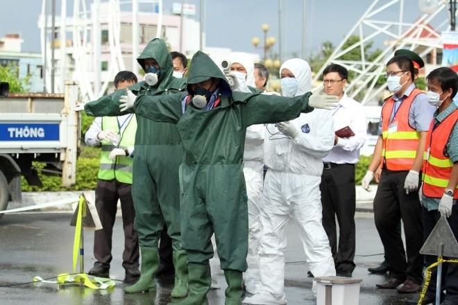 Lực lượng đặc biệt diễn tập ứng phó sự cố hạt nhân - ảnh 11