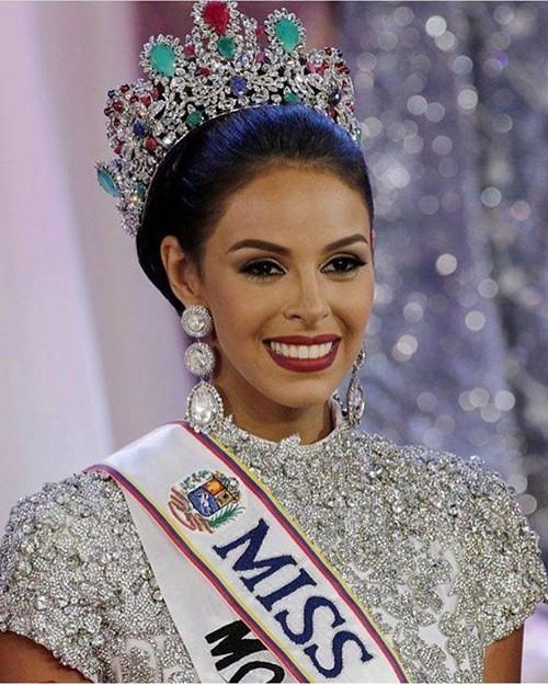 Cận cảnh nhan sắc Hoa hậu Venezuela 2016 - ảnh 1