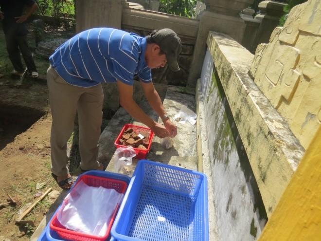 Ngày đầu khảo cổ nơi nghi chôn cất vua Quang Trung - ảnh 3