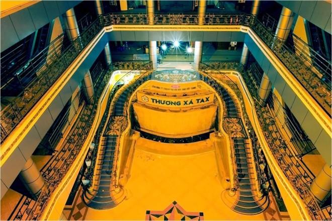 Ba tháng bóc gạch mosaic Thương xá Tax Sài Gòn để bảo tồn - ảnh 1