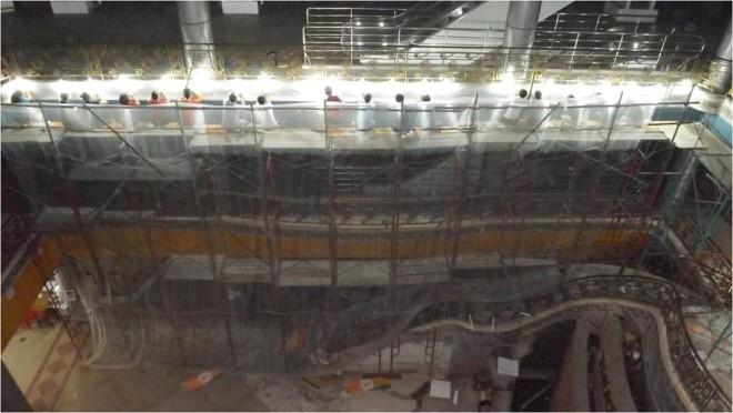 Ba tháng bóc gạch mosaic Thương xá Tax Sài Gòn để bảo tồn - ảnh 2