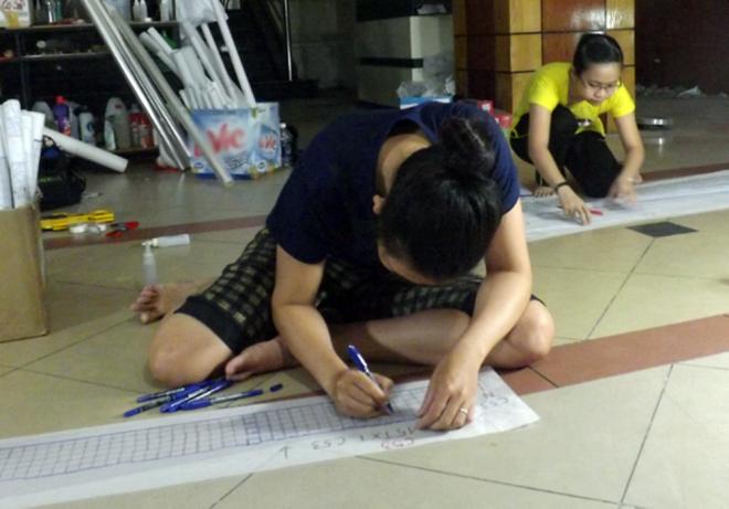 Ba tháng bóc gạch mosaic Thương xá Tax Sài Gòn để bảo tồn - ảnh 6