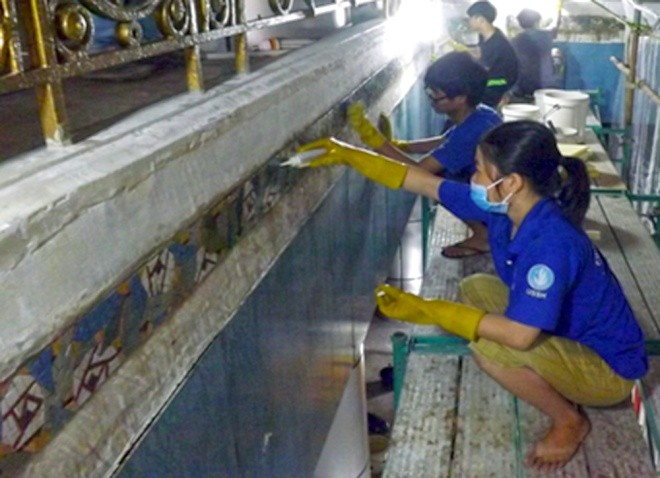 Ba tháng bóc gạch mosaic Thương xá Tax Sài Gòn để bảo tồn - ảnh 7