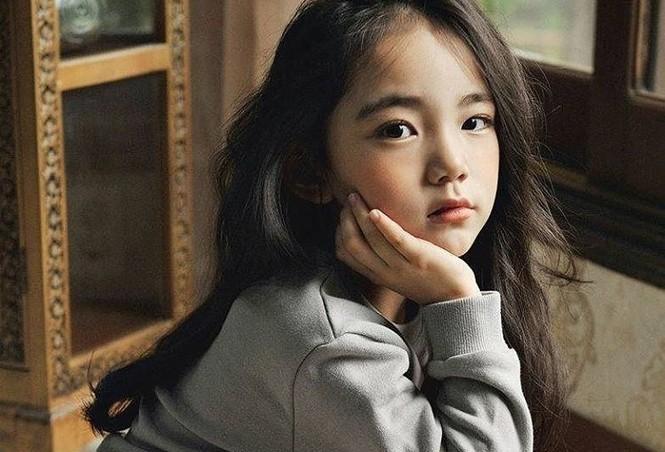 Cô bé 6 tuổi được khen xinh đẹp nhất thế giới - ảnh 3