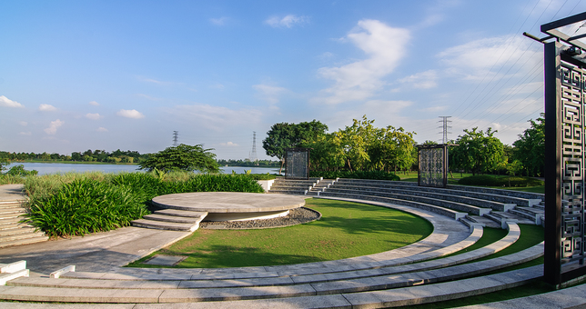 Những địa điểm chụp ảnh 'hút hồn' giới trẻ ở Hà Nội  - ảnh 9