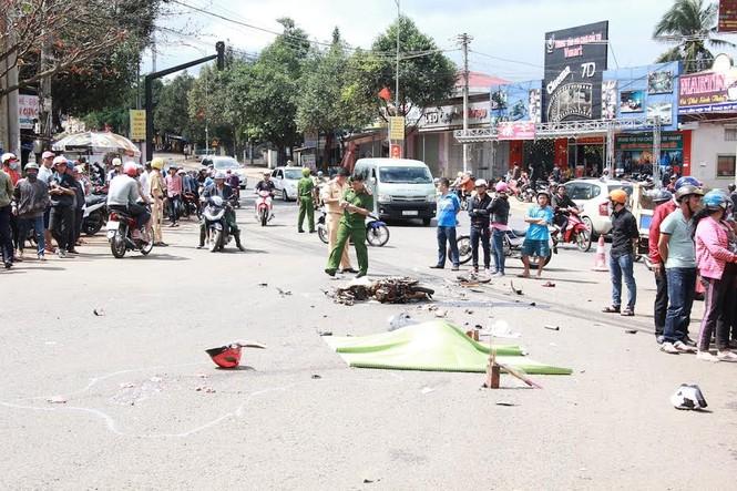 Đắk Lắk: Một phụ nữ bị xe tải cuốn vào gầm, chết thảm - ảnh 1