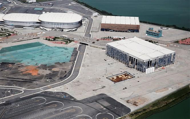 Công trình Olympic Rio 2016 hoang tàn sau 6 tháng kết thúc - ảnh 12
