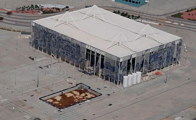 Công trình Olympic Rio 2016 hoang tàn sau 6 tháng kết thúc - ảnh 7
