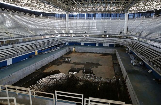 Công trình Olympic Rio 2016 hoang tàn sau 6 tháng kết thúc - ảnh 8