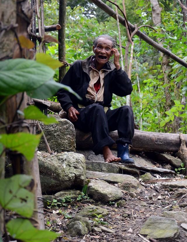 Ông lão 20 năm ở ẩn nơi rừng thẳm Quảng Ngãi - ảnh 11