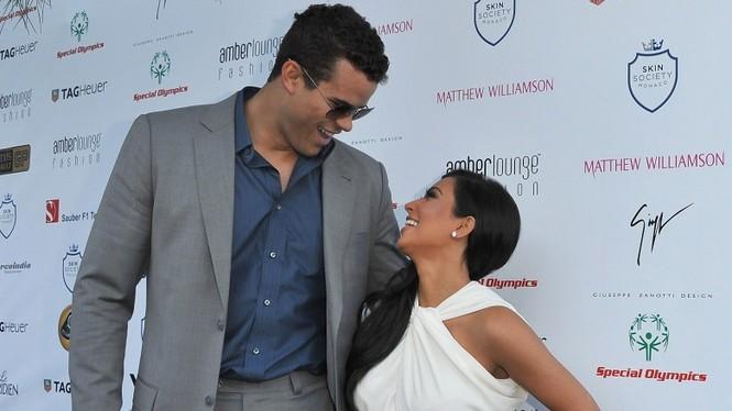 Những hợp đồng hôn nhân bất thường của sao Hollywood - ảnh 2