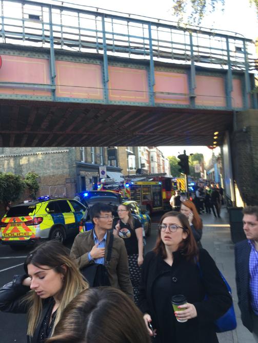 NÓNG: Nổ trong nhà ga điện ngầm London, nhiều người bị thương - ảnh 3