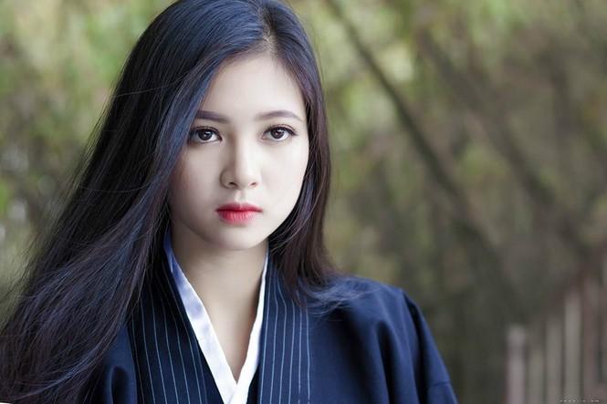 Cô gái 20 tuổi hóa thân thành nữ đạo sĩ xinh đẹp - ảnh 3