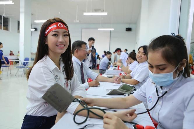 Chủ Nhật Đỏ 2017, Báo Tiền Phong - ảnh 33