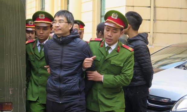 Đại án tham nhũng Vinashinlines: Bố con Giang Kim Đạt kêu oan - ảnh 2